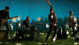 Paroles & vidéos : Coldplay - Sky Full of Stars