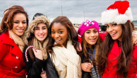 Paroles & vidéos : Fifth Harmony - All I Want For Christmas is You