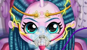 gratuit : Opération du cerveau d'un petit monstre