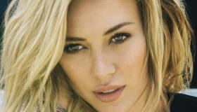Paroles & vidéos : Hilary Duff - Chasing The Sun