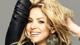 Paroles & vidéos : Shakira - Dare (la la la)