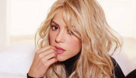 Paroles & vidéos : Shakira ft Blake Shelton - Medicine