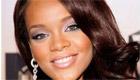 Paroles & vidéos : Rihanna - SOS