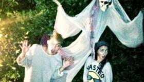 Miley Cyrus prépare Halloween!!!