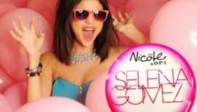 Selena Gomez lance sa marque de vernis!