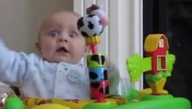 Une vidéo de bébés à mourir de rire!