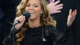 Beyonce déçoit en chantant en playback pour Obama