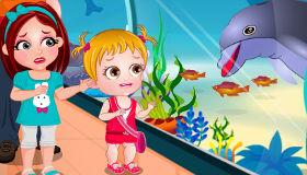 Bébé Hazel et les dauphins