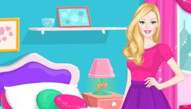 Décorer la maison de Barbie