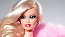 Les poupées du moment: Barbie VS Monster High
