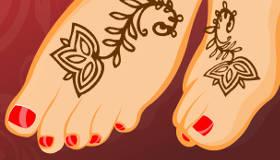 Manucure et tatouage au henné
