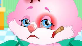 Chirurgie pour un mignon petit lapin