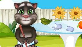 Tom le chat dans le jardin